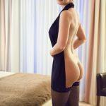Escortservice Dame Celine zeigt sich gern in provokativer Kleidung